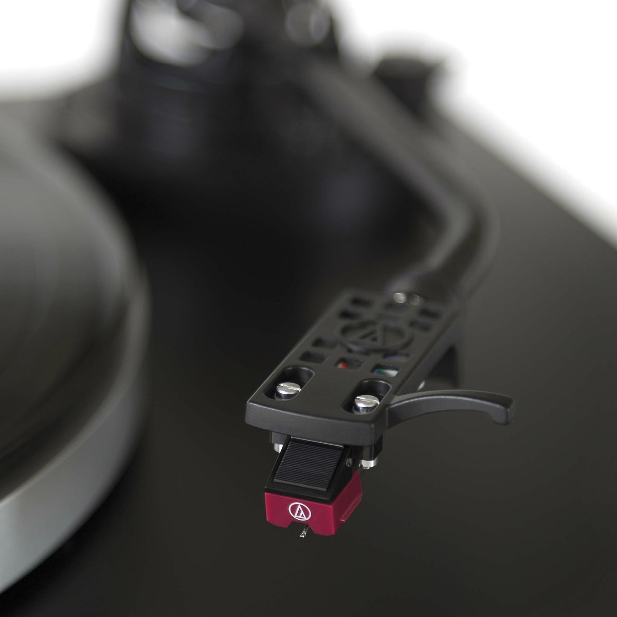 Audio-Technica: AT-LP5 Direct Drive USB Turntable