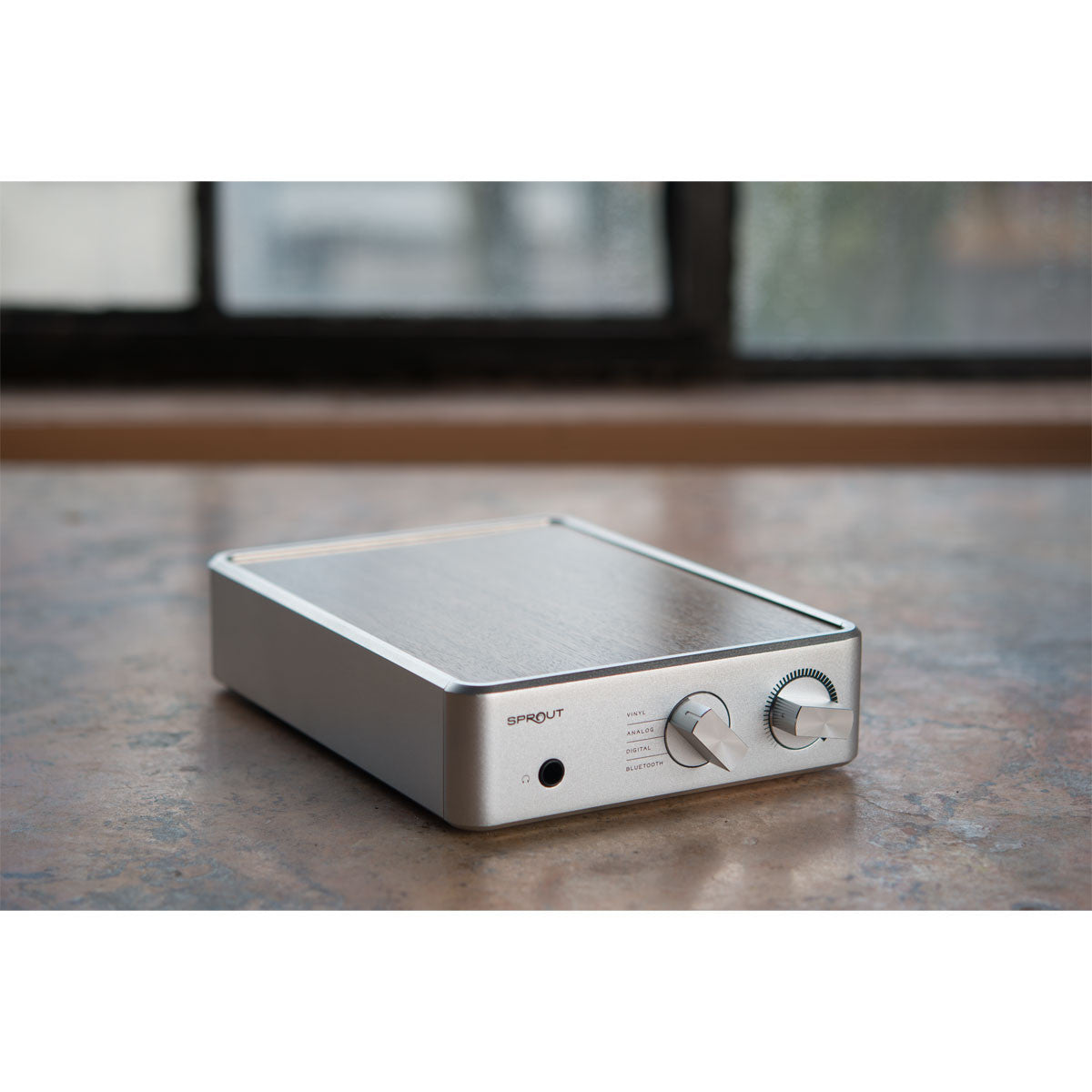 PS Audio: Sprout Integrated Amplifier - Amp, Phono Pre-Amp, DAC, Bluetooth