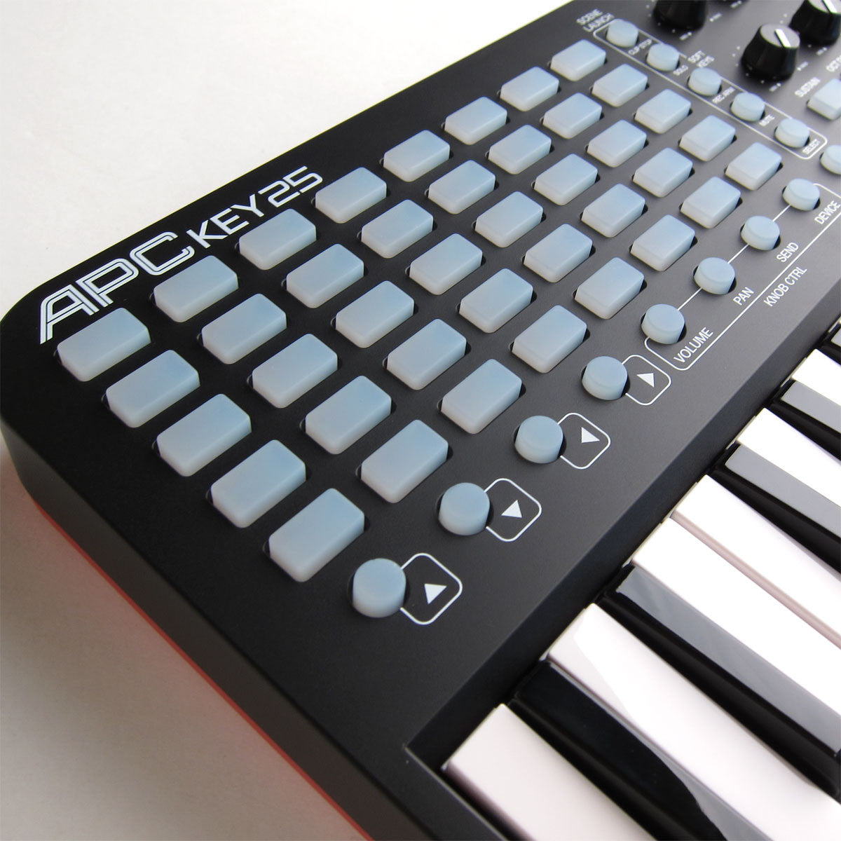 Akai: APC Key 25 Ableton Live Controller with Keyboard grid