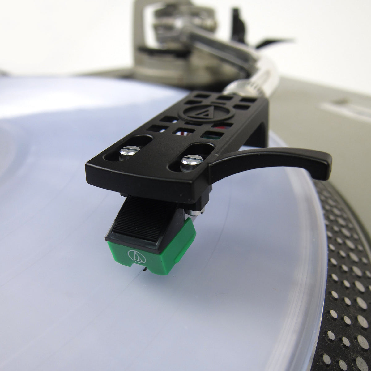 Audio-Technica: AT95E Cartridge Mounted on AT-HS10BK Headshell