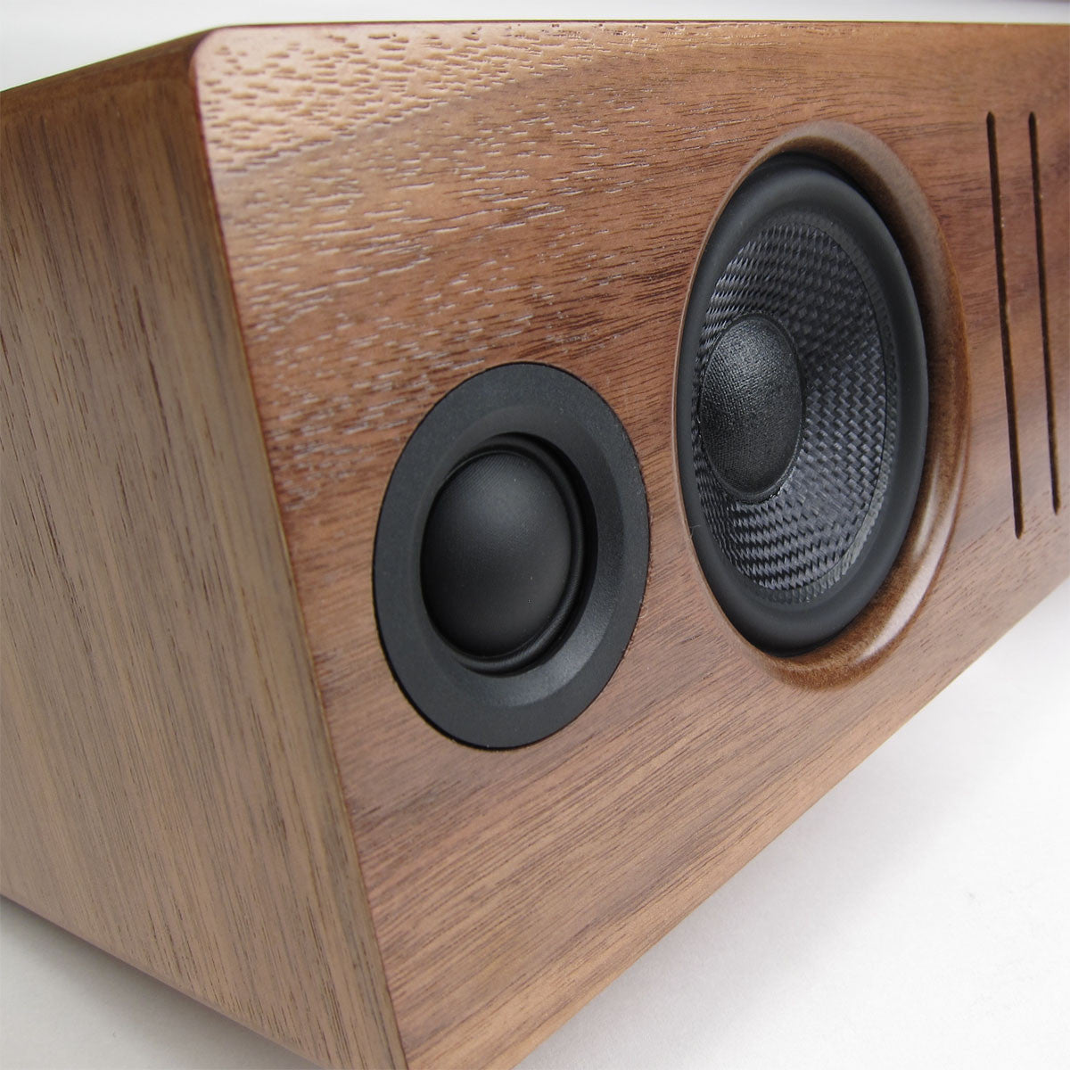 Audioengine: B2 Bluetooth Desktop Speaker - Walnut candid