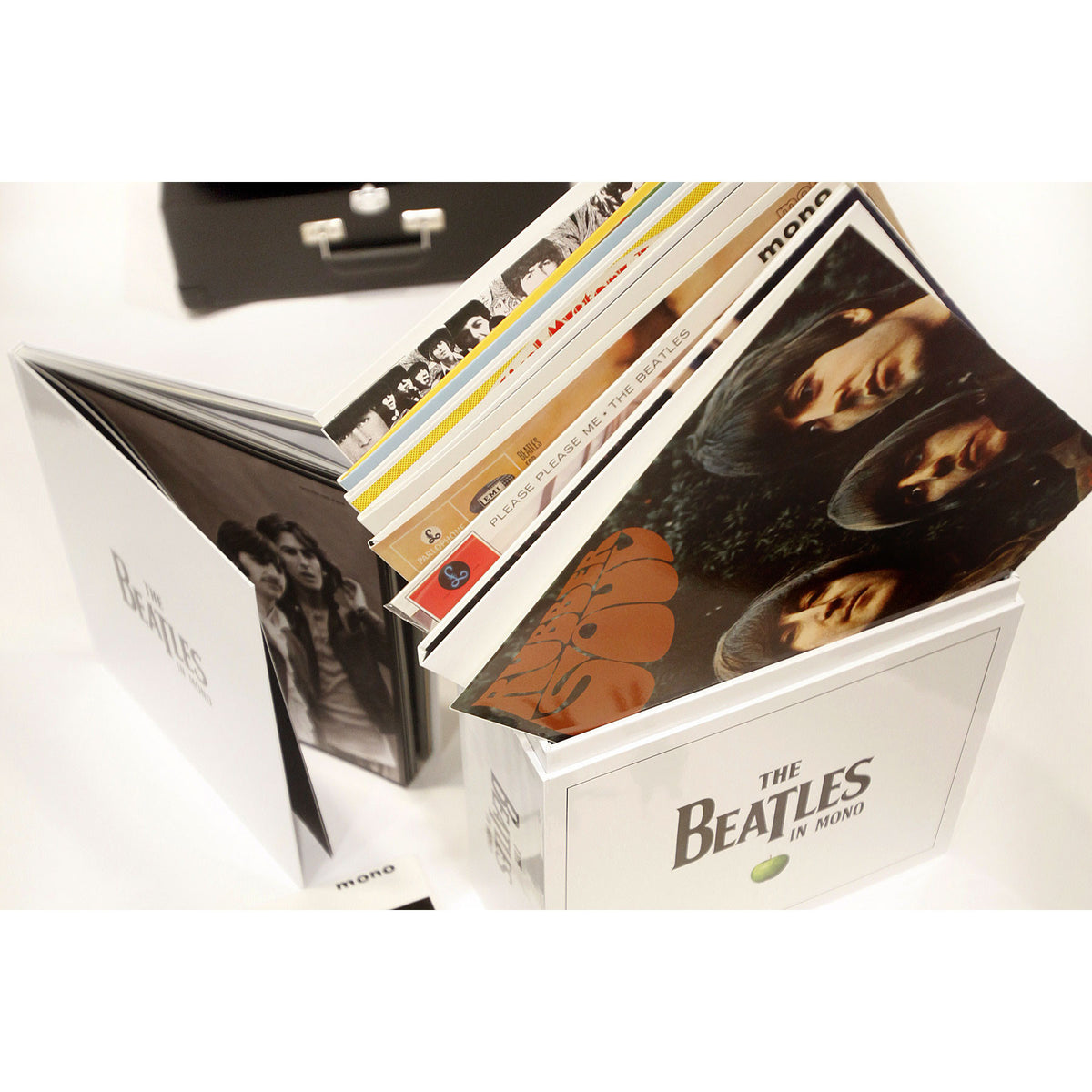 The Beatles: The Beatles In Mono Vinyl 14LP Box Set detail