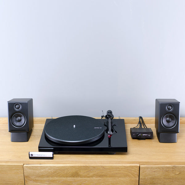 Pro-Ject: Debut Carbon Turntable / PH01 / A2+ Bluetooth Complete Listening Package (TTL Setup)
