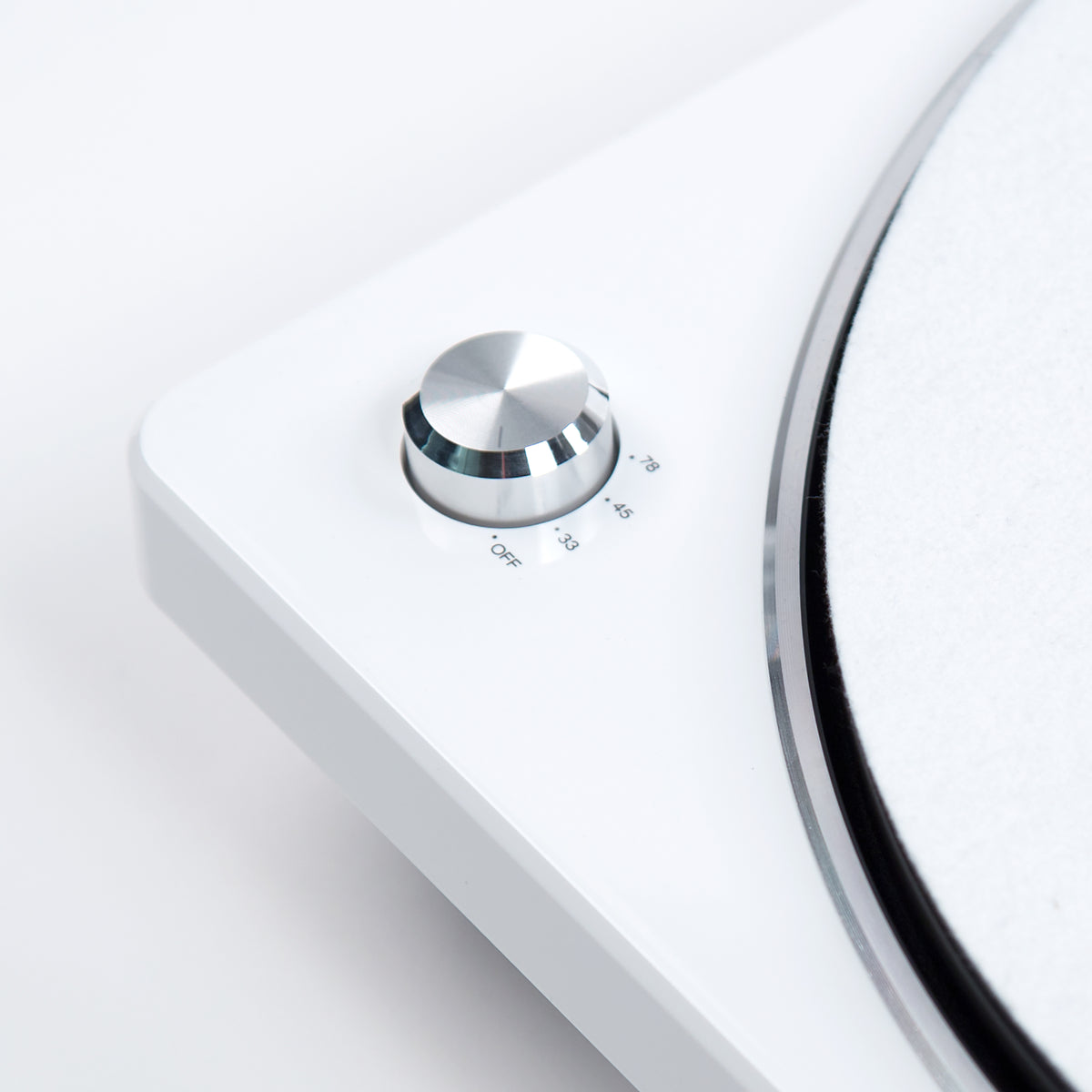Denon: DP-450USB Turntable - White (DP450USBWT) speed