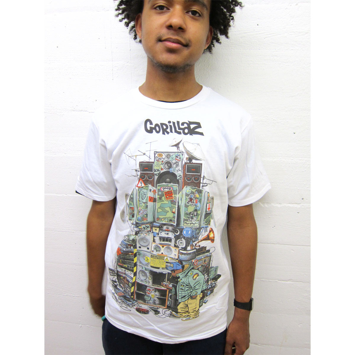 Gorillaz: Multi Boomboxes Shirt - White model