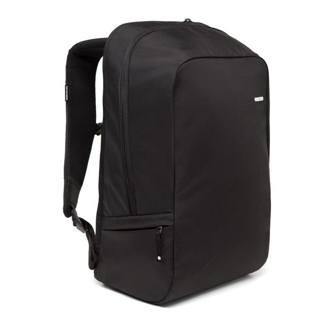 Incase: Icon Compact Pack - Black detail