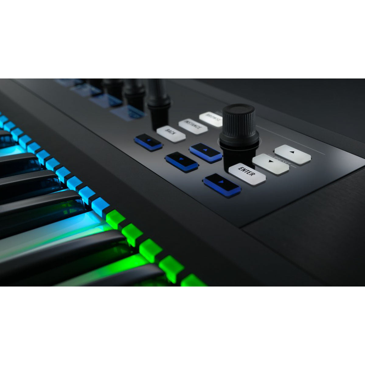 Native Instruments: Komplete Kontrol S25 Keyboard Controller detail 2