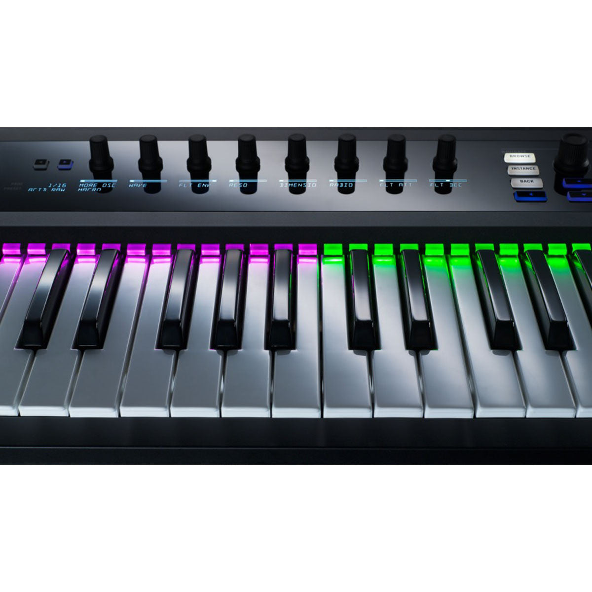 Native Instruments: Komplete Kontrol S25 Keyboard Controller detail 1