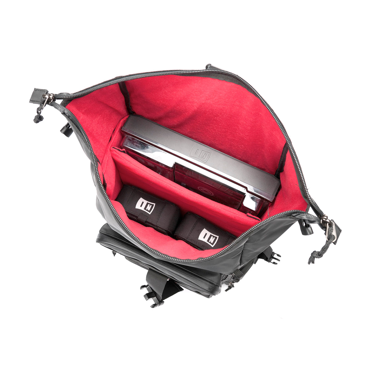 Magma: Riot DJ-Stashpack XL Plus DJ Bag - Black / Red (MGA47882)