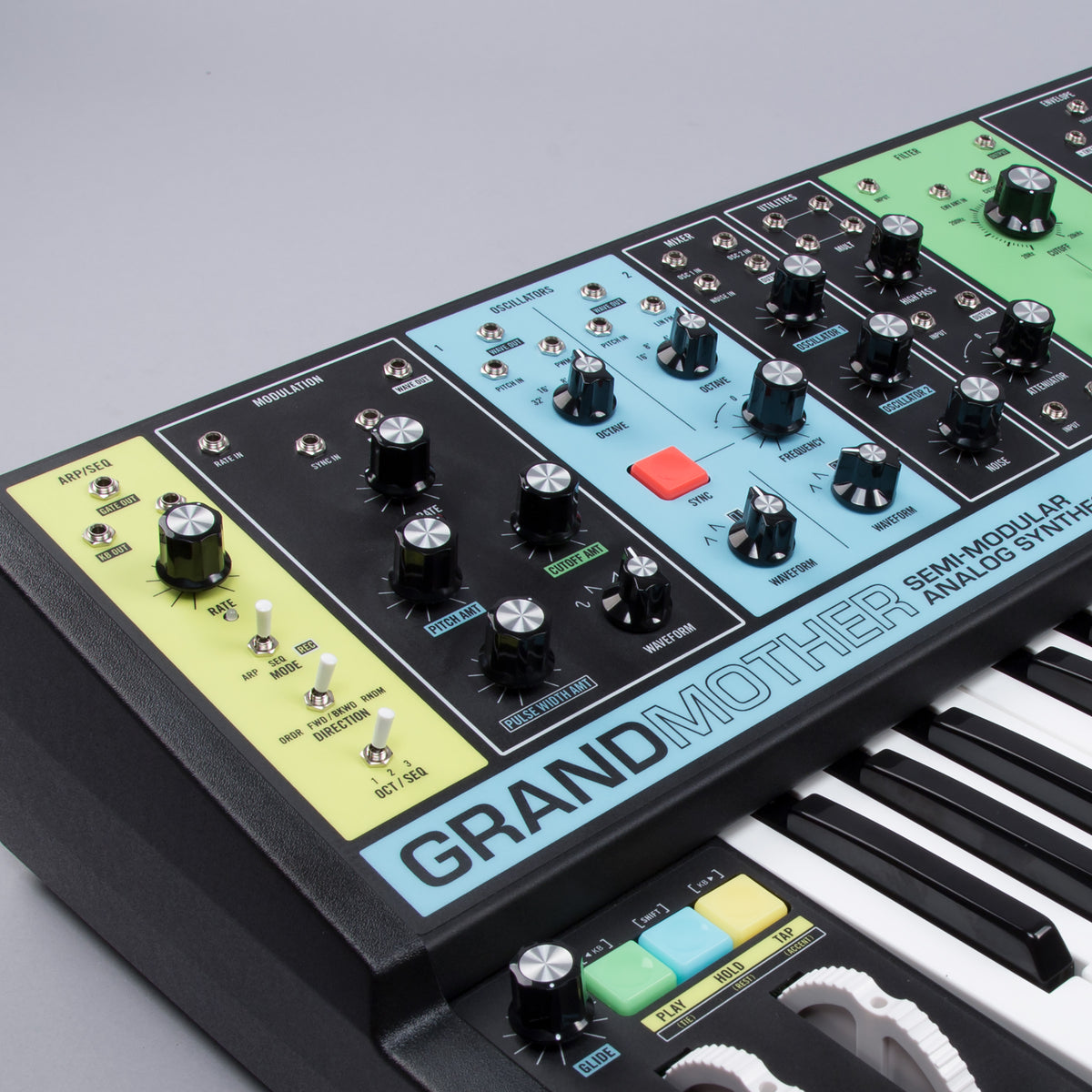Moog: Grandmother Semi-Modular Analog Synthesizer