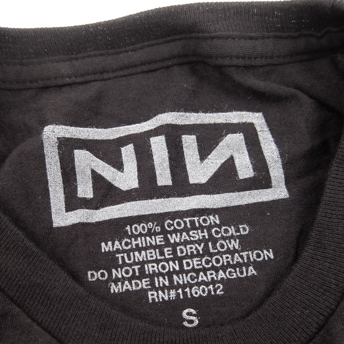 Nine Inch Nails: Grey Logo Shirt - Black