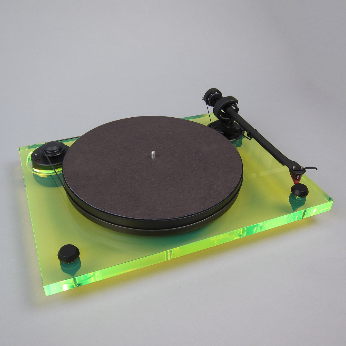 Pro-Ject: 2Xperience Primary Acryl Turntable - Green