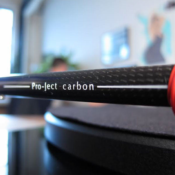 Pro-Ject: Debut Carbon DC USB Turntable - Gloss Black detail 2