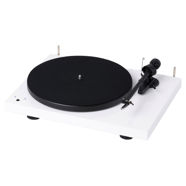 Pro-Ject: Debut III RecordMaster USB Turntable (OM5e) - White
