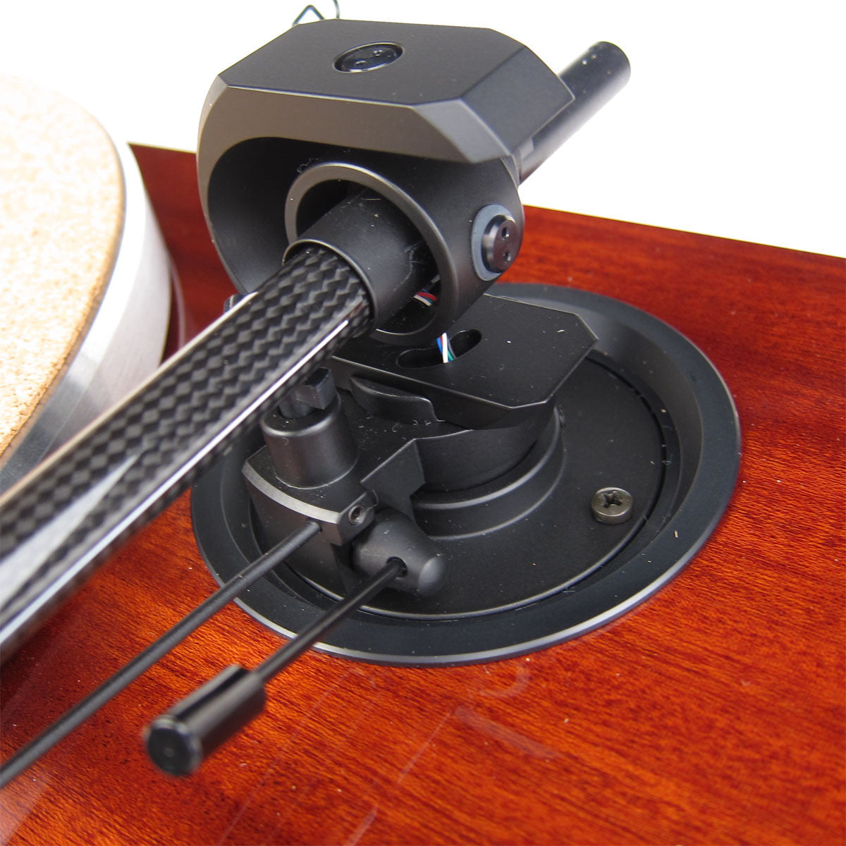 Pro-Ject: 1 Xpression Carbon Classic Turntable - Mahogany tone arm