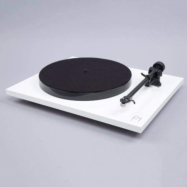 Rega: Planar 1 Plus Turntable w/Built-In Phono Preamp - White