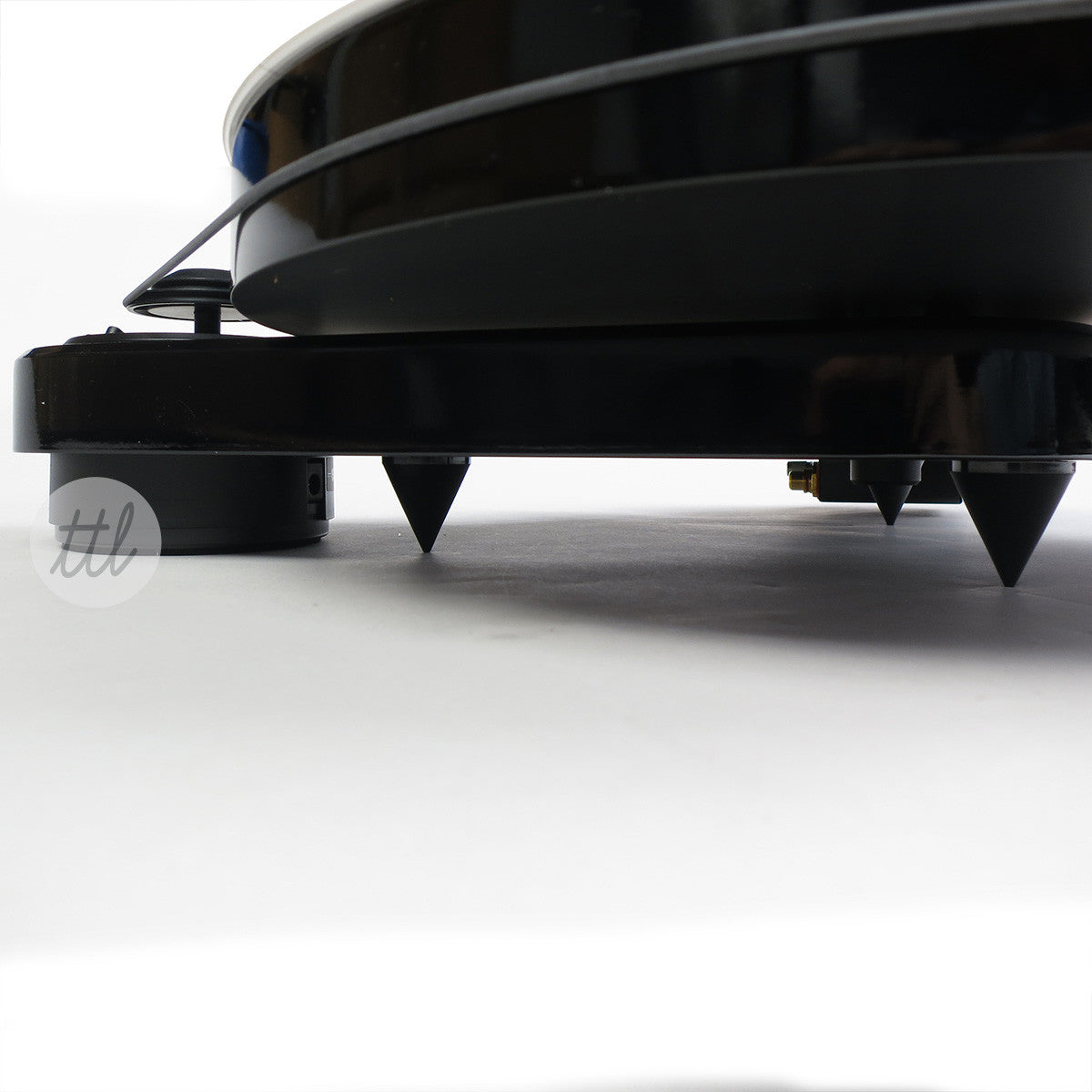 Pro-Ject RPM1 Turntable - Detail 3