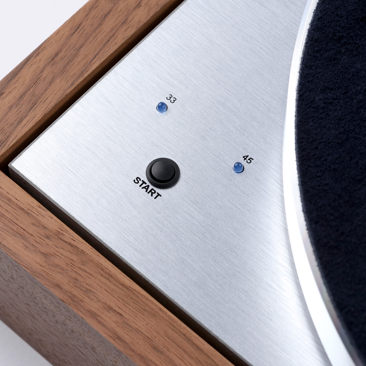 Pro-Ject: The Classic SB Turntable (Blue Point No.2) - Eucalyptus