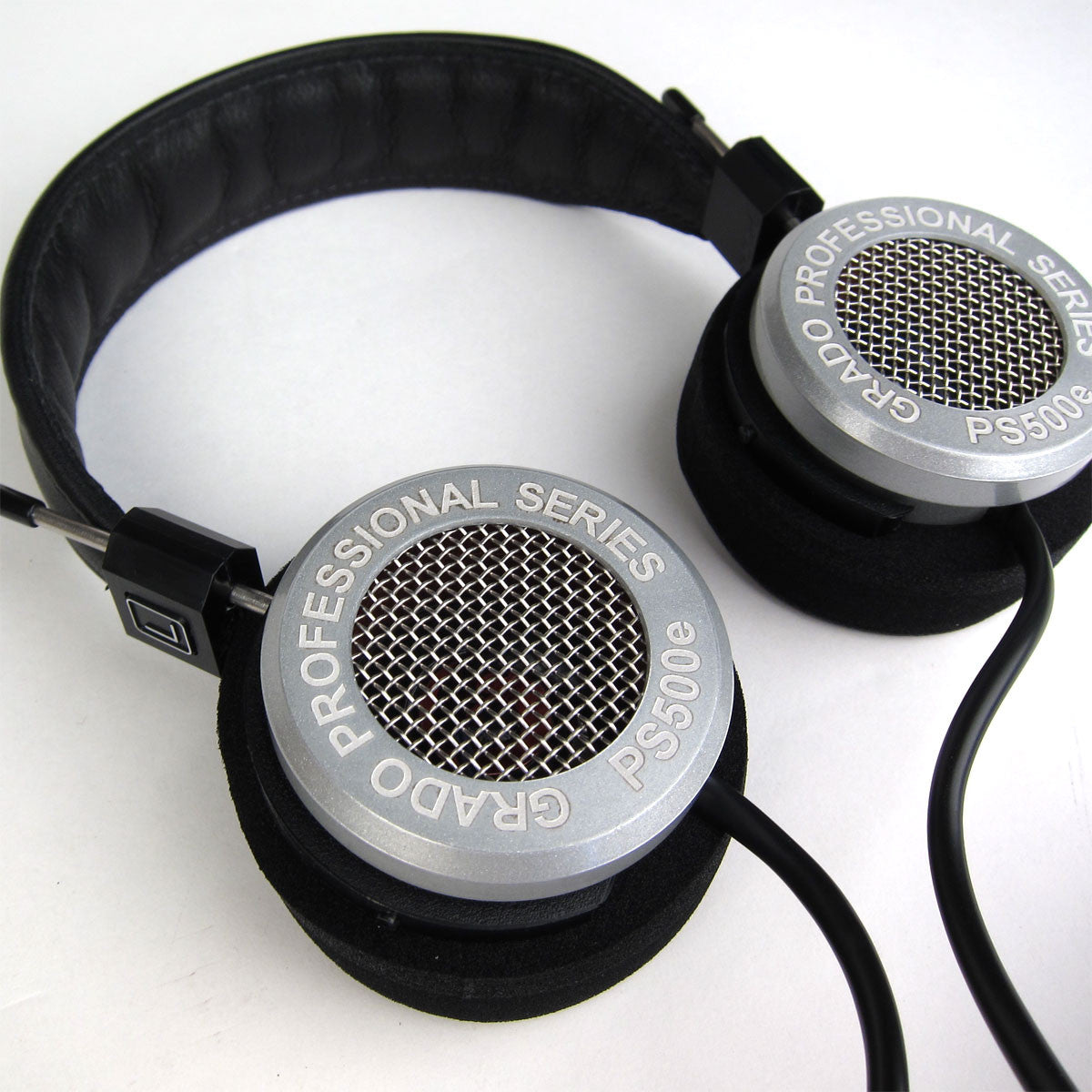 Grado: PS500e Headphones detail