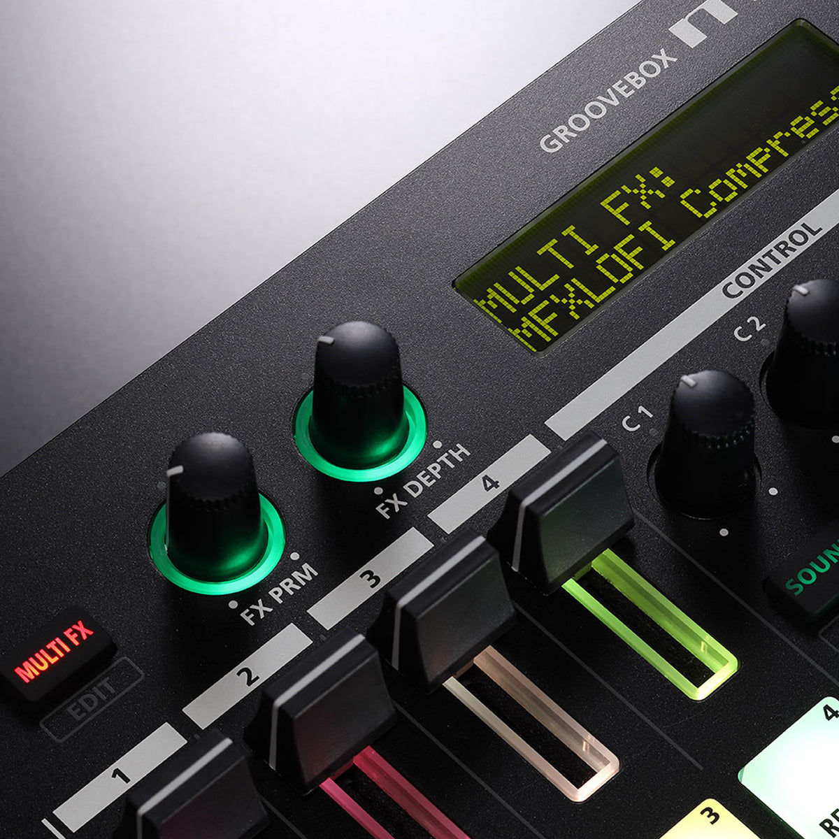Roland: MC-101 Groovebox