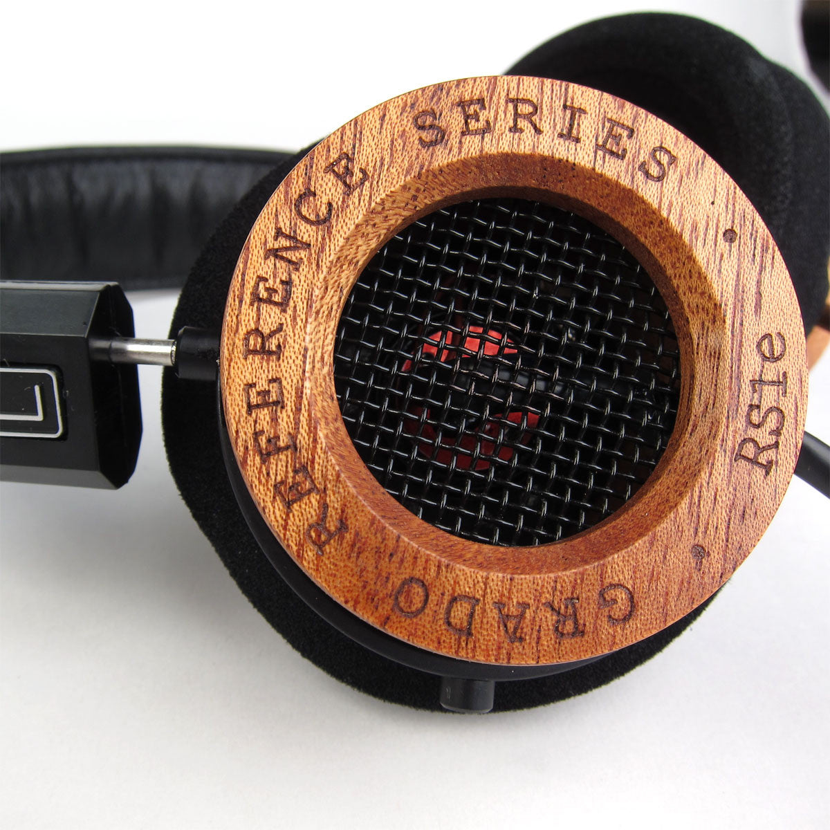 Grado: RS1e Headphones detail