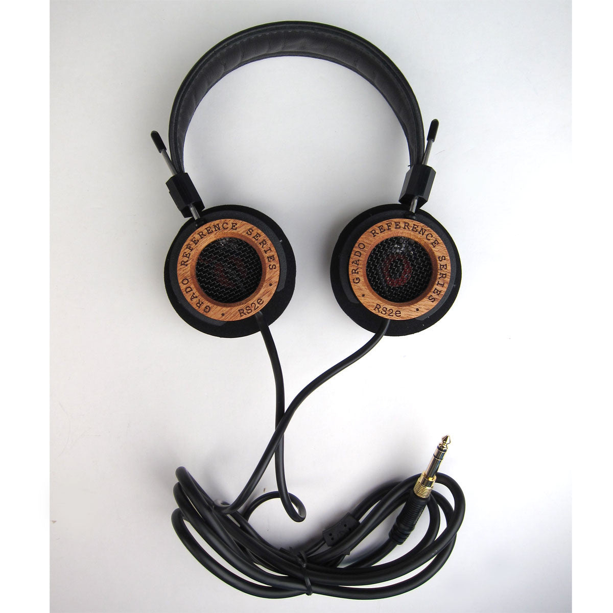 Grado: RS2e Headphones laydown