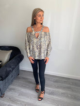 Load image into Gallery viewer, Terry Snake Print Off Shoulder Blouse
