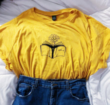 Load image into Gallery viewer, Sunflower Tee shirt