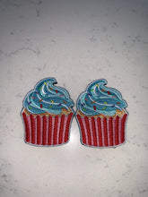 Load image into Gallery viewer, Flair Patches - Cupcakes Blue Frosting