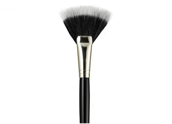 Laura Mercier – Brushes – Fan Powder Brush