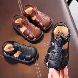 Boys and girls sandals Baotou beach shoes