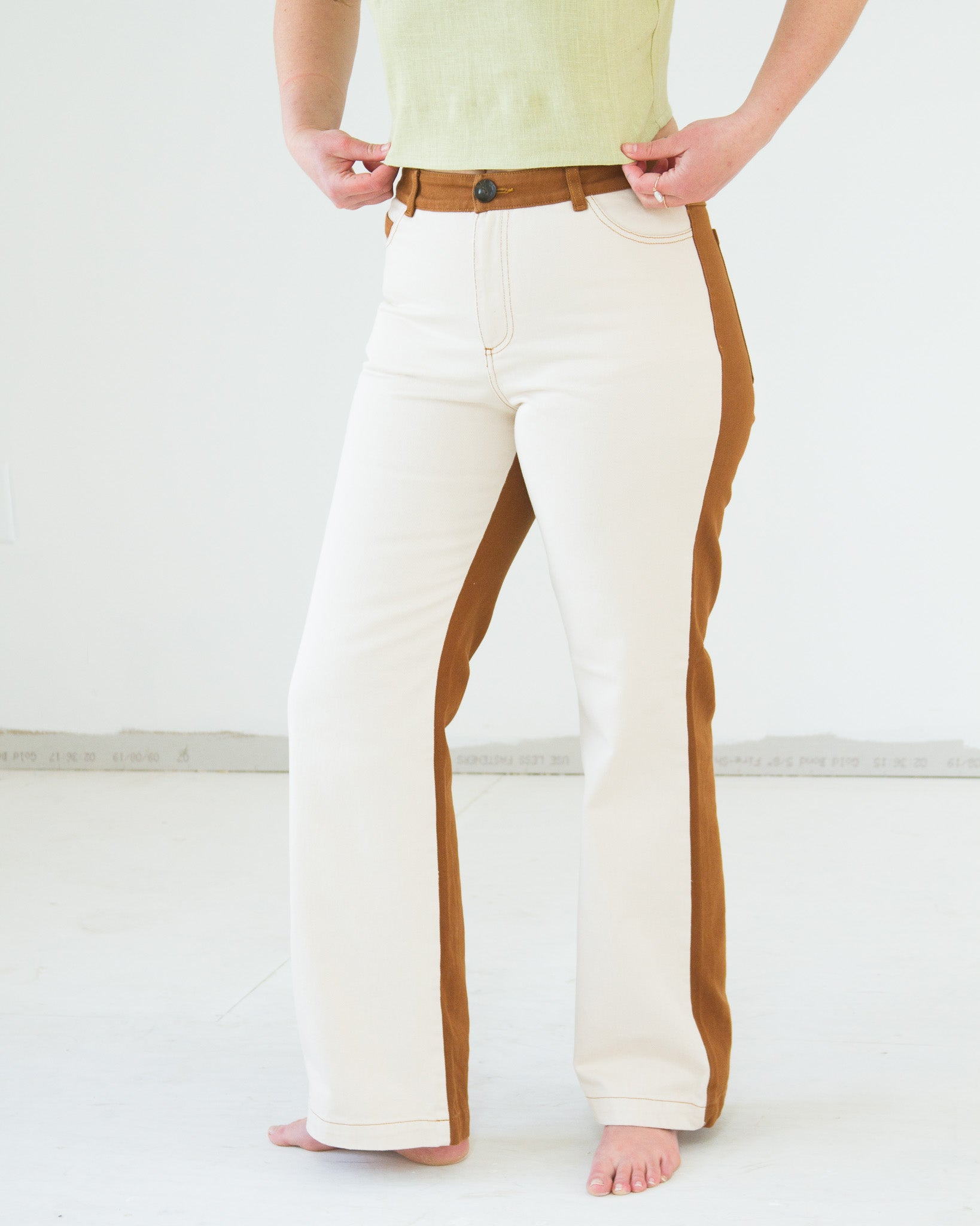 Dax Pants in Tan