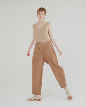 Ramie Crossed Trousers in Ivory