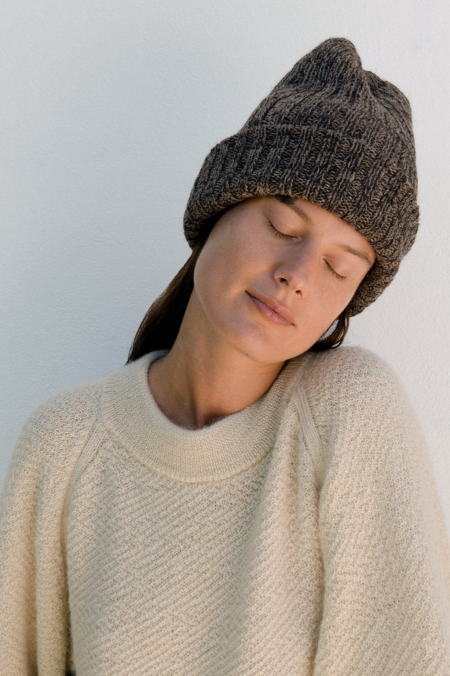 Wol Hide Marled Rib Hat in Smoke