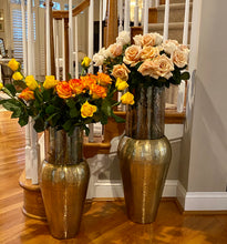 Load image into Gallery viewer, Decorative Centerpiece Gold Aluminum Tapper and Glass Flower Vase (DH3041)