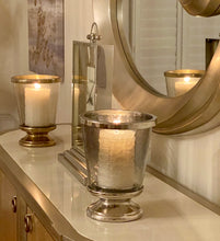 Load image into Gallery viewer, Metal Decor Aluminum Ring Hurricane Candle Holder with Pillar Glass (DH3046)