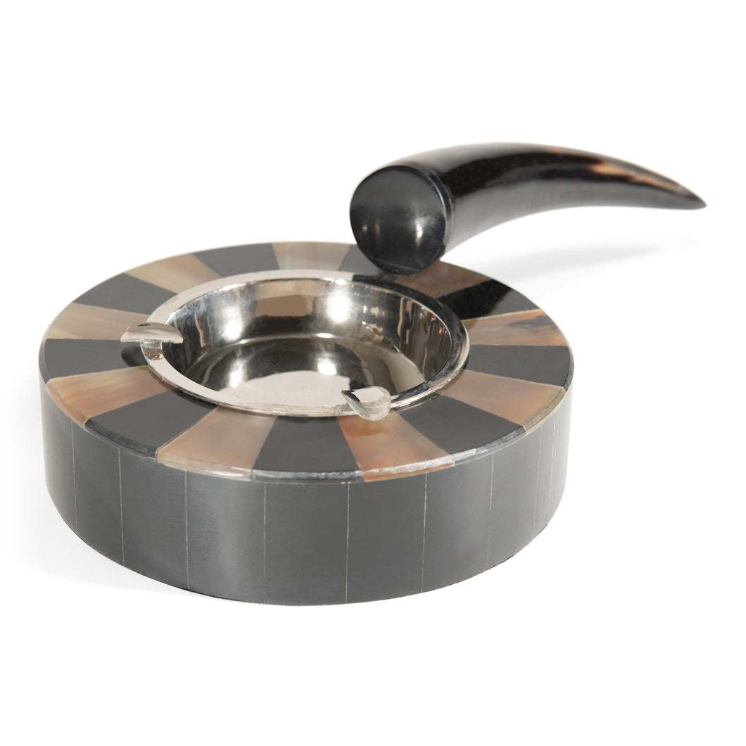 Round Stainless Steel Horn with Resin Ashtray for Cigarettes (DH10005)