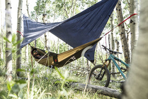 Double Parachute Nylon Print Hammock with Carabiners and Hanging Kit - Grand Trunk