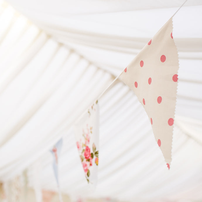 5 top tips for planning a marquee wedding