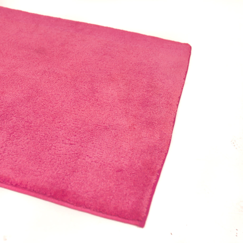 Hot Pink Carpet Runner 3' x 25'