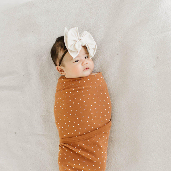 Organic Cotton Swaddle Blanket & Top Knot Hat - Aubrey Ginger Fleck-Makemake Organics