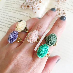 Cabochon ring -Flower-