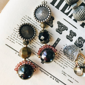 Bonbon earrings -black-