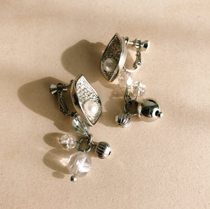 Japanese vintage earrings -shell-
