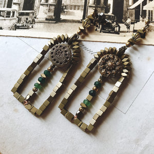 Door earrings -green-