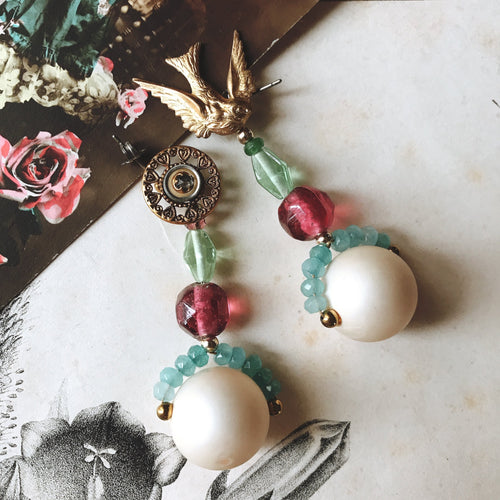 Vintage Bonbon earrings -bird-