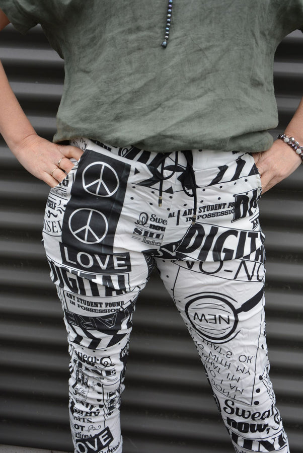 Graffiti Stretch Cotton Capri Pants