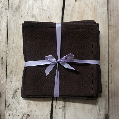 Busatti Napkin Set in Brown