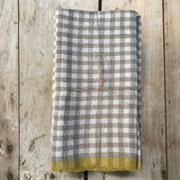 Set of 4 Gingham Napkins in Natural & Yellow