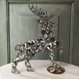 Nostalgic Large Diamond Deer (R)
